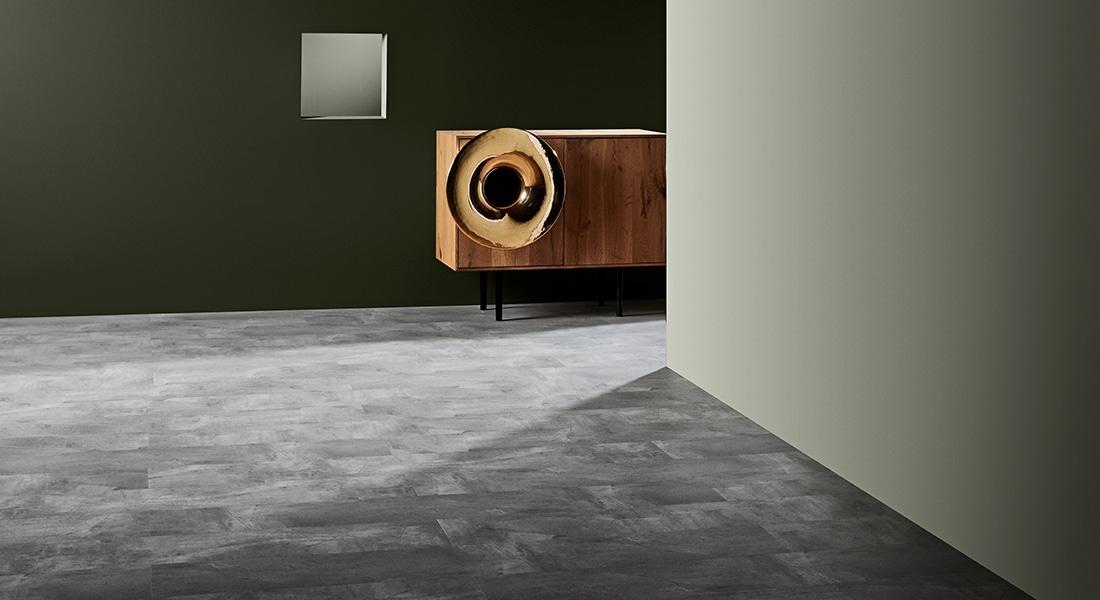 88Planks_Room12 - Grey Stone-look Vinyl Tiles - 88 Planks - Vinyl Planks & Tiles by Signature Flooring | Vinyl Plank Flooring | wood planks or stone tiles in form of vinyl tiles, planks or vinyl sheet | Buy Signature vinyl floorboards to design unique commercial vinyl flooring